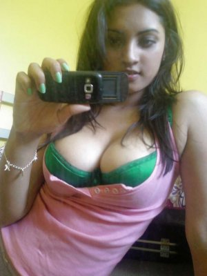 Dalila milf escorts service in Lake Shore, MD